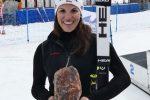 Susanne Weinbuchner vom SC Lengries hat gut lachen. Sie holte sich den Titel der Deutschen Meisterin 2017 im Riesenslalom.